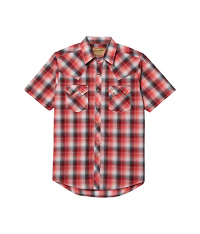 Wrangler Retro Short Sleeve Plaid Two-Pocket Snap (Red) Men