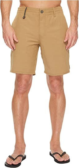 Traveler Recon Hybrid Series Boardshorts