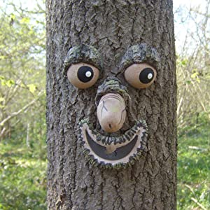 Fluorescent Old Man Tree Face Decor Outdoor,Ghost Facial Features Ornaments Tree Hugger,Funny Yard Art Garden Decorations Sculpture Garden Peeker (A)