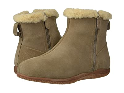 SoftWalk Helena (Stone Suede) Women
