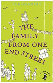The Family from One End Street (A Puffin Book) (English Edition)
