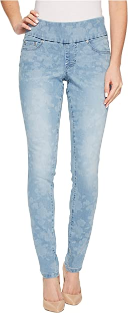 Jag Jeans - Nora Skinny Pull-On Rocket Denim Jeans with Laser Printing in White Flower