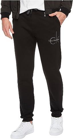 Calvin Klein Jeans - CK Logo Sweatpants