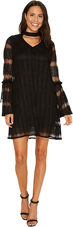 Laundry by Shelli Segal - Mock Neck Pleated Lace Dress