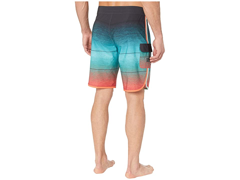 Billabong 73 Stripe Pro 20 (Foam) Men's Swimwear, Beige