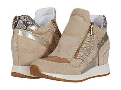 Geox Nydame 12 (Light Taupe/Light Gold) Women