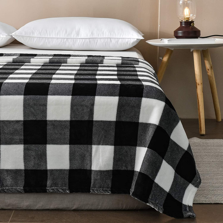 Vessia Oversized Flannel Fleece Reversible Throw Blanket(50x70 inch) - Black and White Geometric Lightweight Fluffy Decorative B