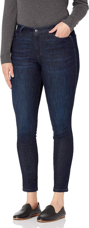 Amazon Essentials Women's Mid Rise Curvy Skinny Jean