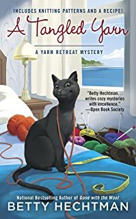 A Tangled Yarn (A Yarn Retreat Mystery Book 5)
