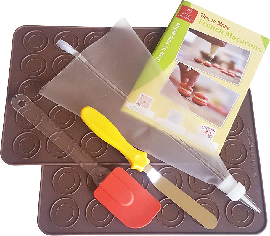 Macaron Baking Kit By Petits Desserts French Macaroon Making All In One Set Kit With 2 Silicone Mats Piping Bag Silicon Spatula And Angled Icing Spatula Free Step By Step Guide Easy Learning