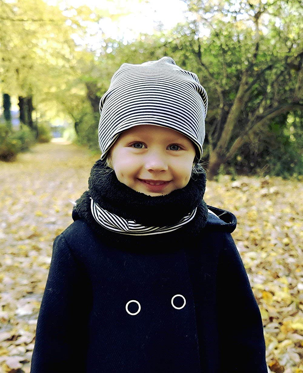 Hilltop Set Invernale da Bambini Sciarpa ad Anello Corta e Cuffia//Berretto Abbinato Tessuto in Pile