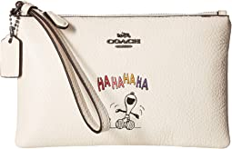 COACH - Box Program Snoopy Small Wristlet