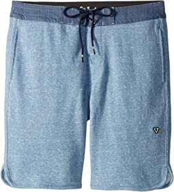 Sofa Surfer Cabin Fever Shorts (Big Kids)