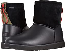 UGG - Classic Toggle Waterproof