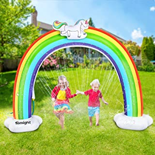 tomight Aspersor arco iris, tapete de juego para césped arco, playa, juegos al aire libre, juego de agua inflable para niños pequeños, 98 pulgadas x 66 pulgadas