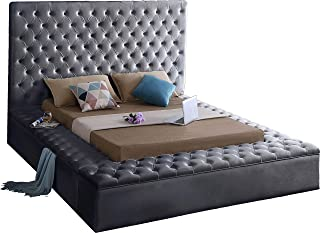 Meridian Furniture Bliss Collection Modern   Contemporary Grey Velvet Upholstered Bed with Deep Tufting, with Storage Rails and Footboard, King,