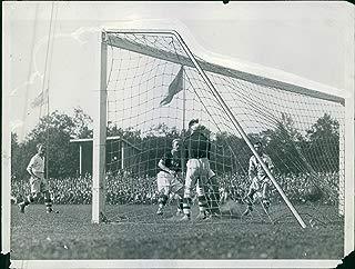 Vintage photo of Football/Soccer - AIK - GIF Sundsvall. AIK scores.