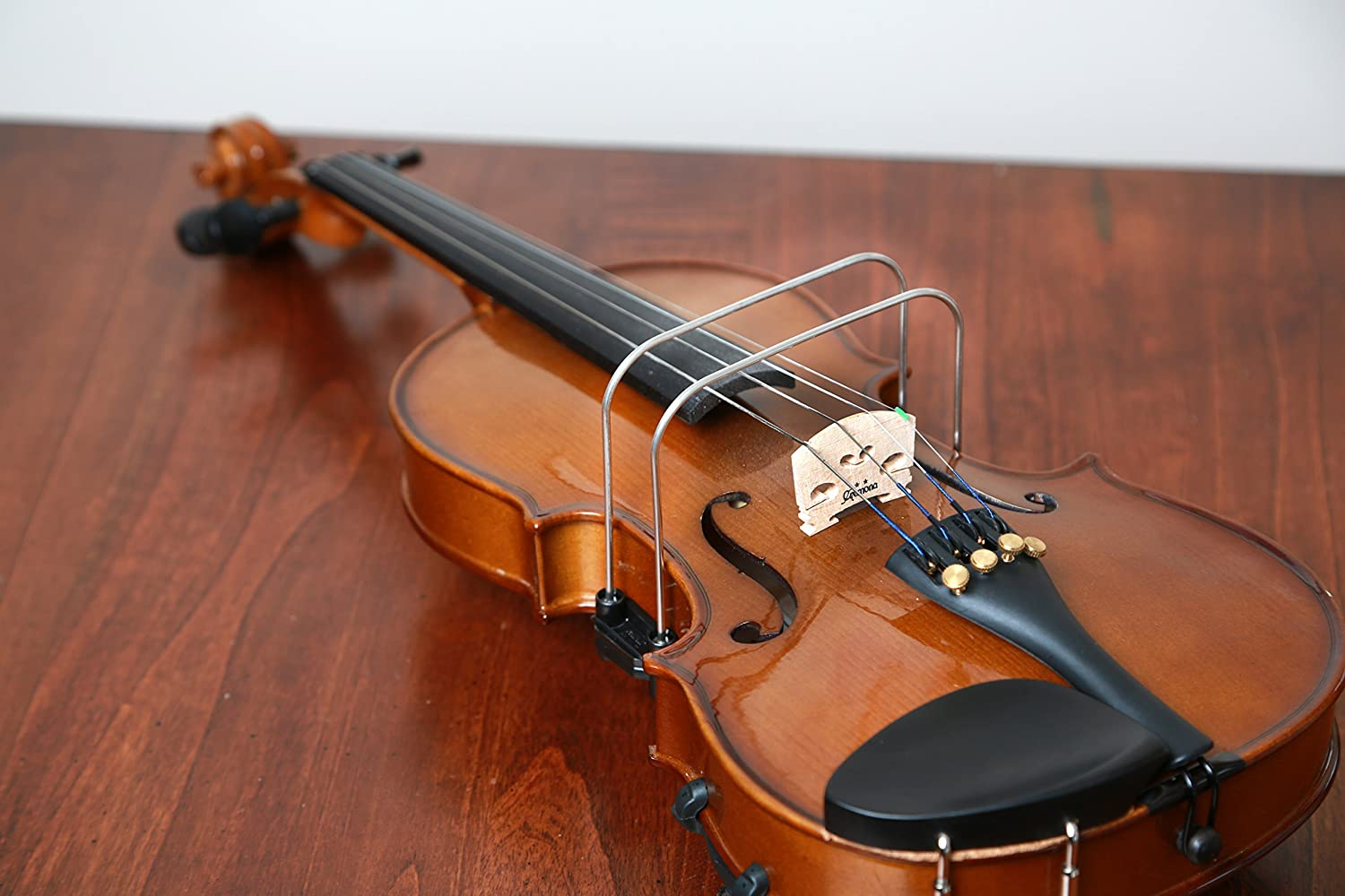 Original Bow-Right for 1 4 - Size A surprise price is realized Medium Teaches Violin 2 Max 45% OFF