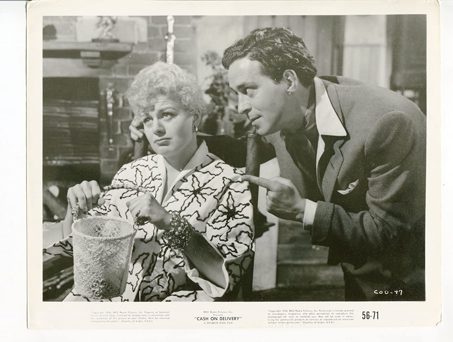 MOVIE PHOTO: Miami Mall Cash sold out On Gregson-8x10- Delivery-Shelley Winters-John