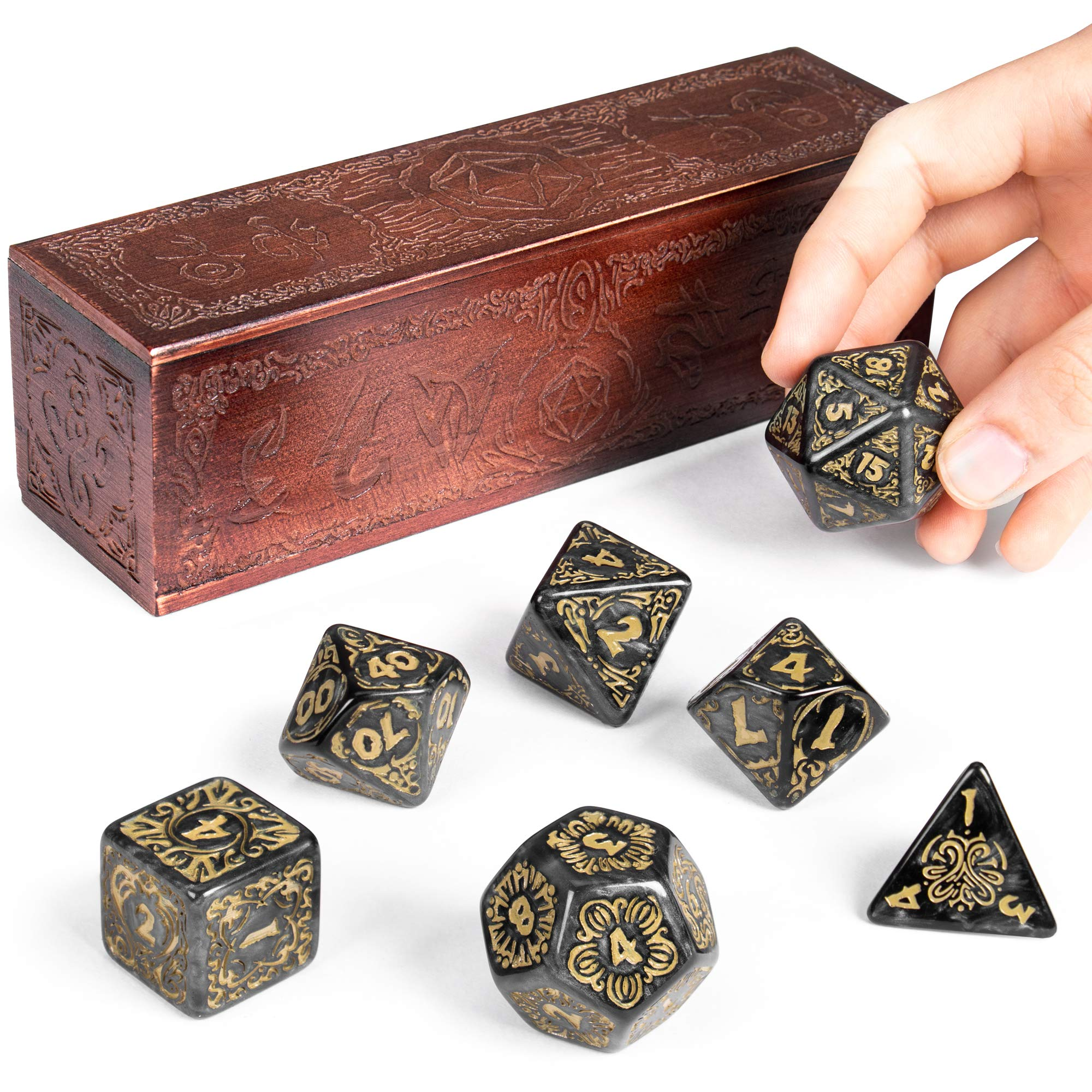 Amazon Com Titan Dice Nyx 25mm Giant Polyhedral Dice 7 Piece Set Engraved Wooden Display Box Smoke Color With Gold Numbers Tabletop Roleplaying Fantasy Rpg Gaming Novelty Accessories Toys Games