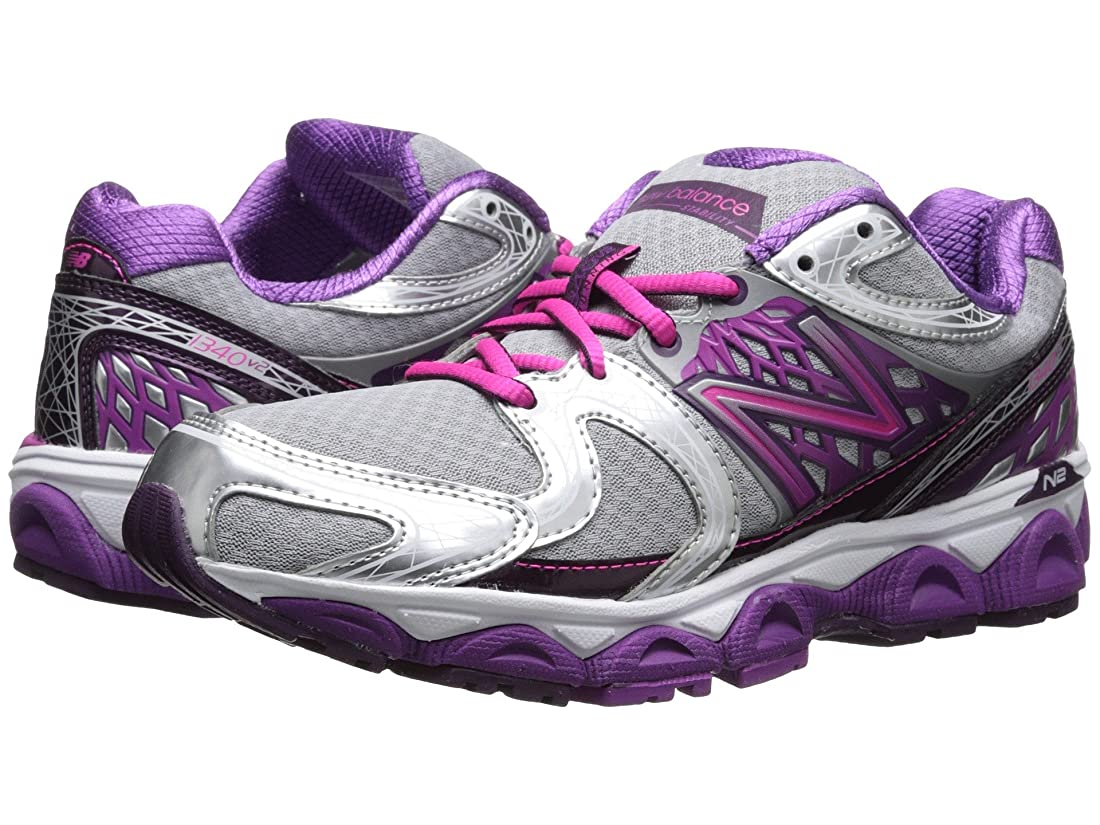 歌トライアスロン雄弁家(ニューバランス) New Balance レディースランニングシューズ?スニーカー?靴 W1340v2 Silver/Pink 11 (28cm) EE - Extra Wide