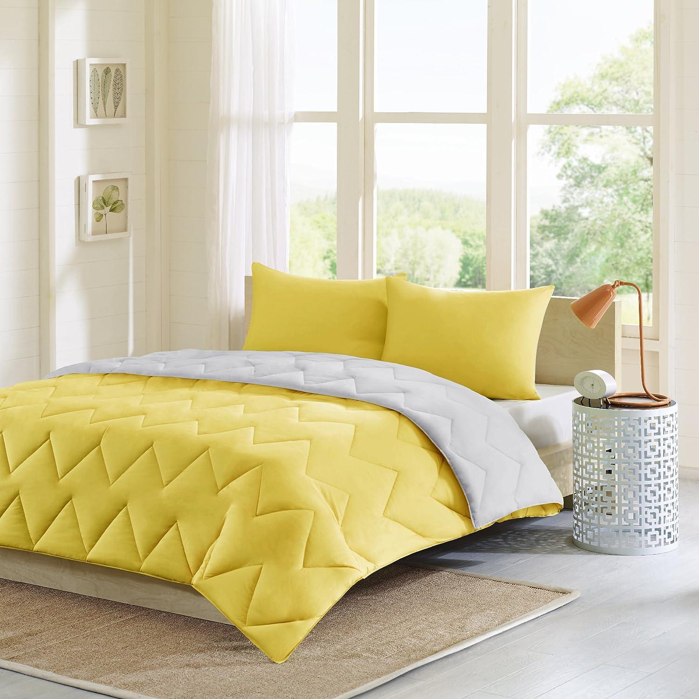 Intelligent Design Trixie Reversible Down Alternative Comforter Mini Set, Grey Yellow, Full Queen