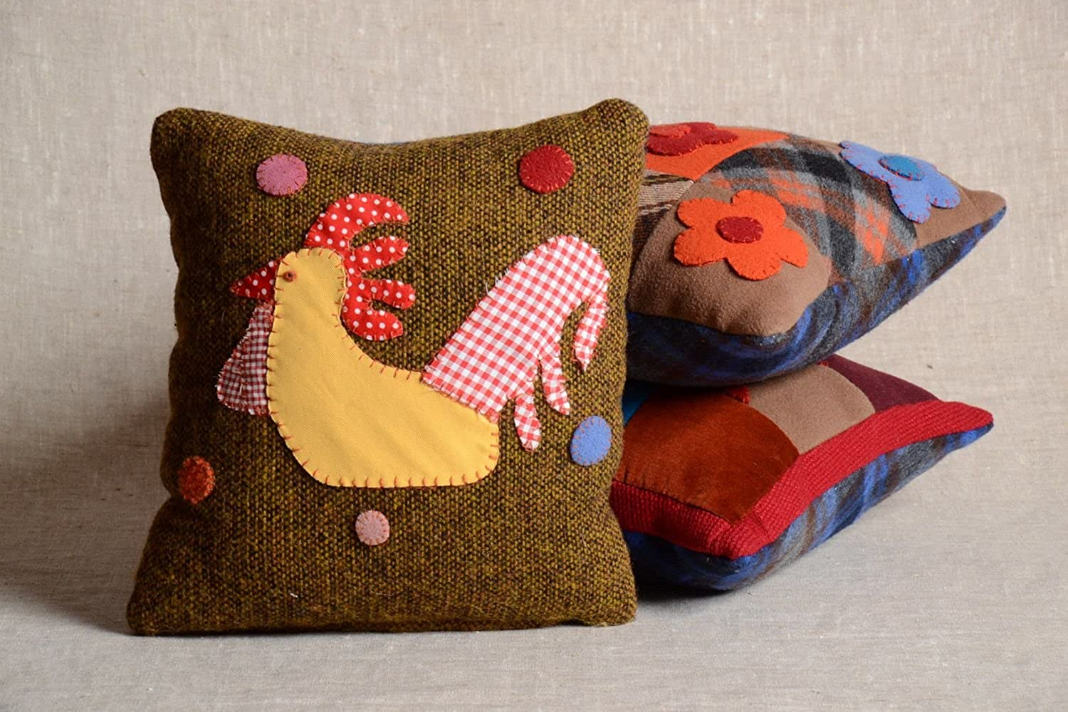 Handmade Designer Soft Cushion With Removable Fabric Pillowcase Cock