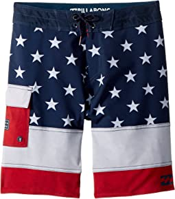 Pump X Boardshorts (Big Kids)