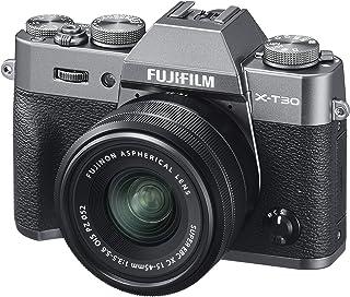 كاميرا رقمية غير عاكسة من فوجي فيلم X-T30، لون فضي فحمي مع مجموعة عدسات تكبير بصري فوجينون XC15-45 مم، لون أسود