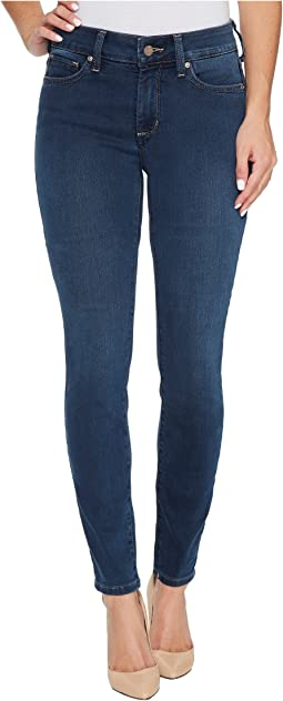 Ami Skinny Legging Jeans in Future Fit Denim in Rome