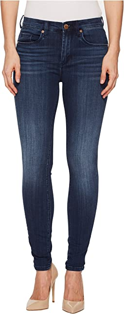 Mid-Rise Denim Skinny in Let Go