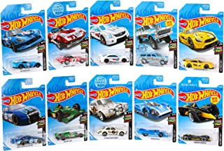 Hot Wheels Amazon Mini 10-Pack Vehicles 1:64 Scale