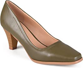 Journee Collection Womens Classic Stacked Heel Pumps