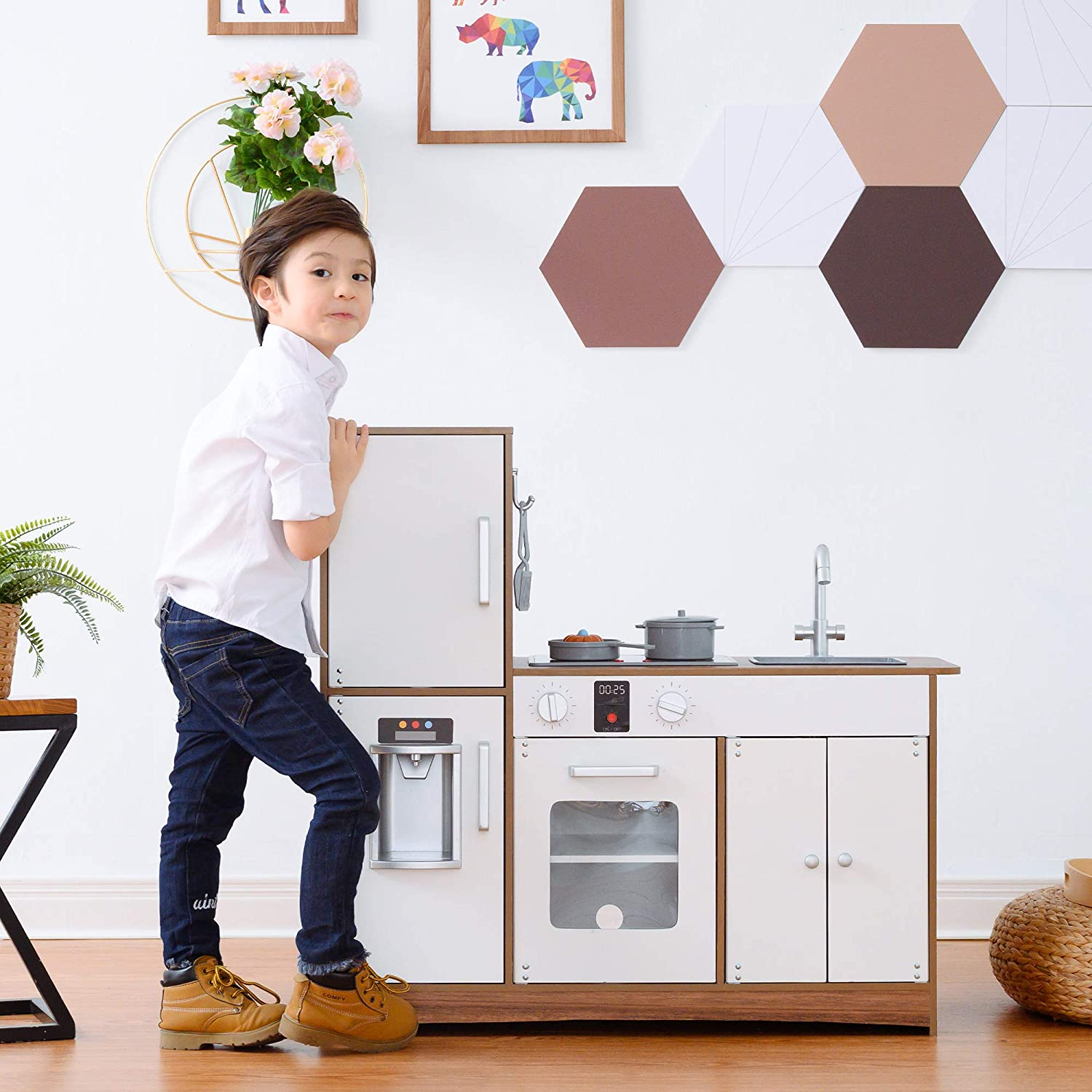 Teamson Kids Little Chef Palm Springs Classic Kids Play Kitchen with 6 Accessories, Natural/White