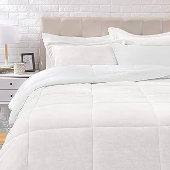 AmazonBasics Ultra-Soft Micromink Sherpa Comforter Bed Set, King, Cream - 3-Piece