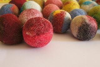 猫のおもちゃ、フェルトウールボール。 Kivikisのエコロジカルウールから手作り。 10 wool balls マルチカラー 9884989