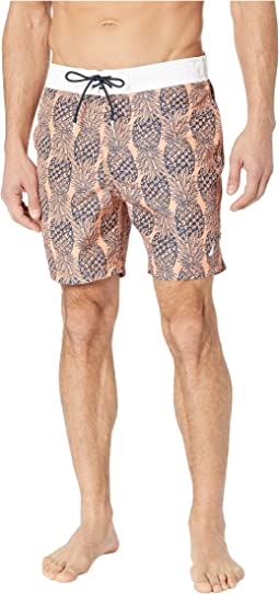 Pineapple Print Trunk