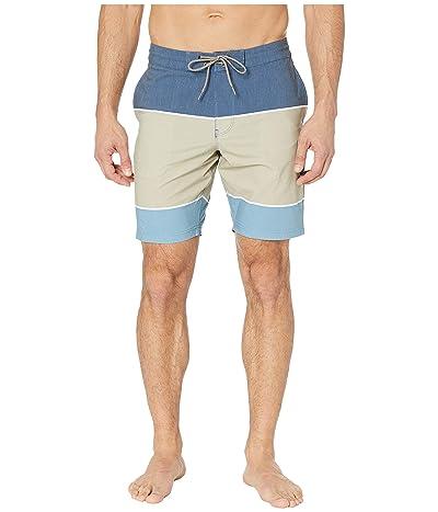 VISSLA 18.5 Slabs Boardshorts (Light Khaki) Men