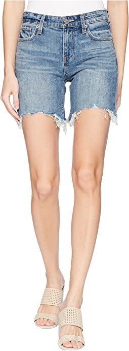 Ava Shorts in Loreta