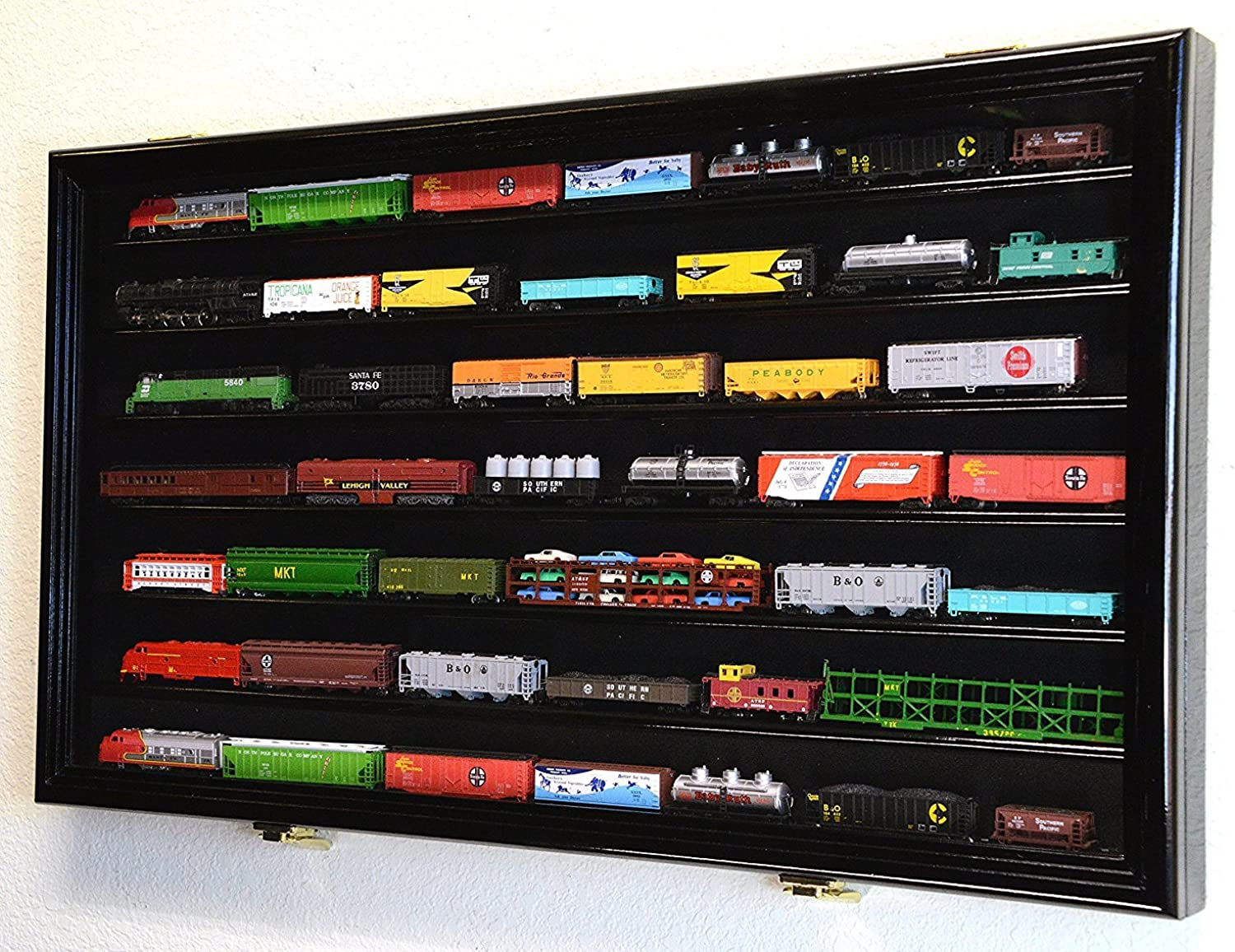 N Scale Train Model Trains Display Case Cabinet Wall Rack w  98% UV Lockable -Black