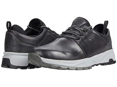 Johnston & Murphy Summit Moc Toe (Black Full Grain Waterproof Leather) Men