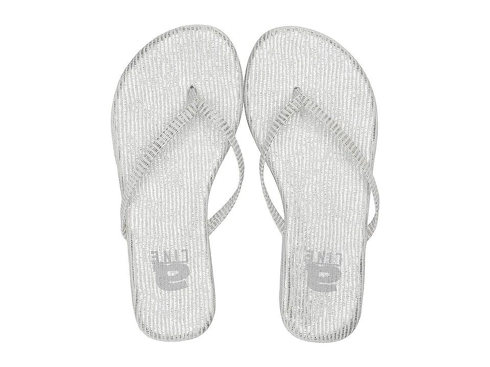 Amiana 12-885 (Toddler/Little Kid/Big Kid/Adult) (Silver Iridescent Lizard) Girls Shoes