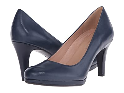 Naturalizer Michelle (Classic Navy Leather) High Heels