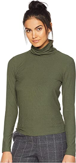 Harriette Turtleneck