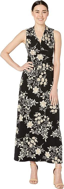 Petite Sleeveless Floral Getaway Halter Maxi Dress