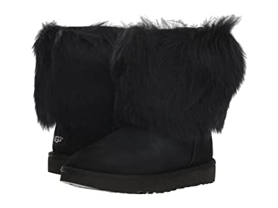UGG Short Sheepskin Cuff Boot (Black) Women