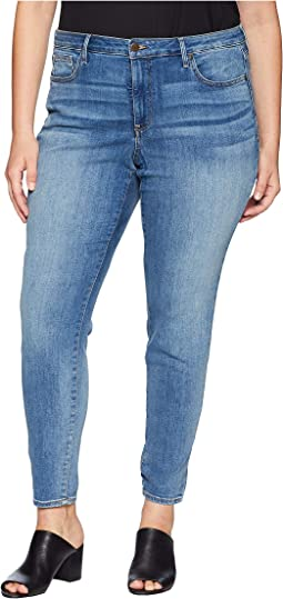 Plus Size Ami Skinny in Clean Cabrillo