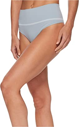 Spanx Everyday Shaping Panties Seamless Thong