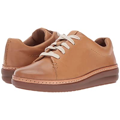 Clarks Amberlee Crest (Light Tan) Women