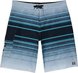 All Day Stripe Pro Boardshorts (Big Kids)